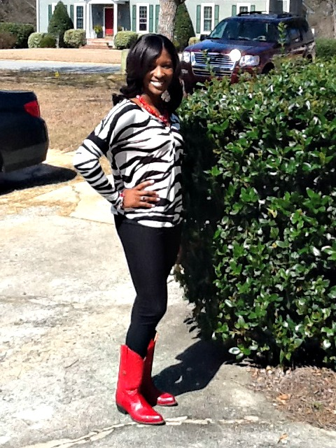 I DIDN'T HAVE ANY RED PUMPS BUT I ROCKED MY RED COWGIRL BOOTS!